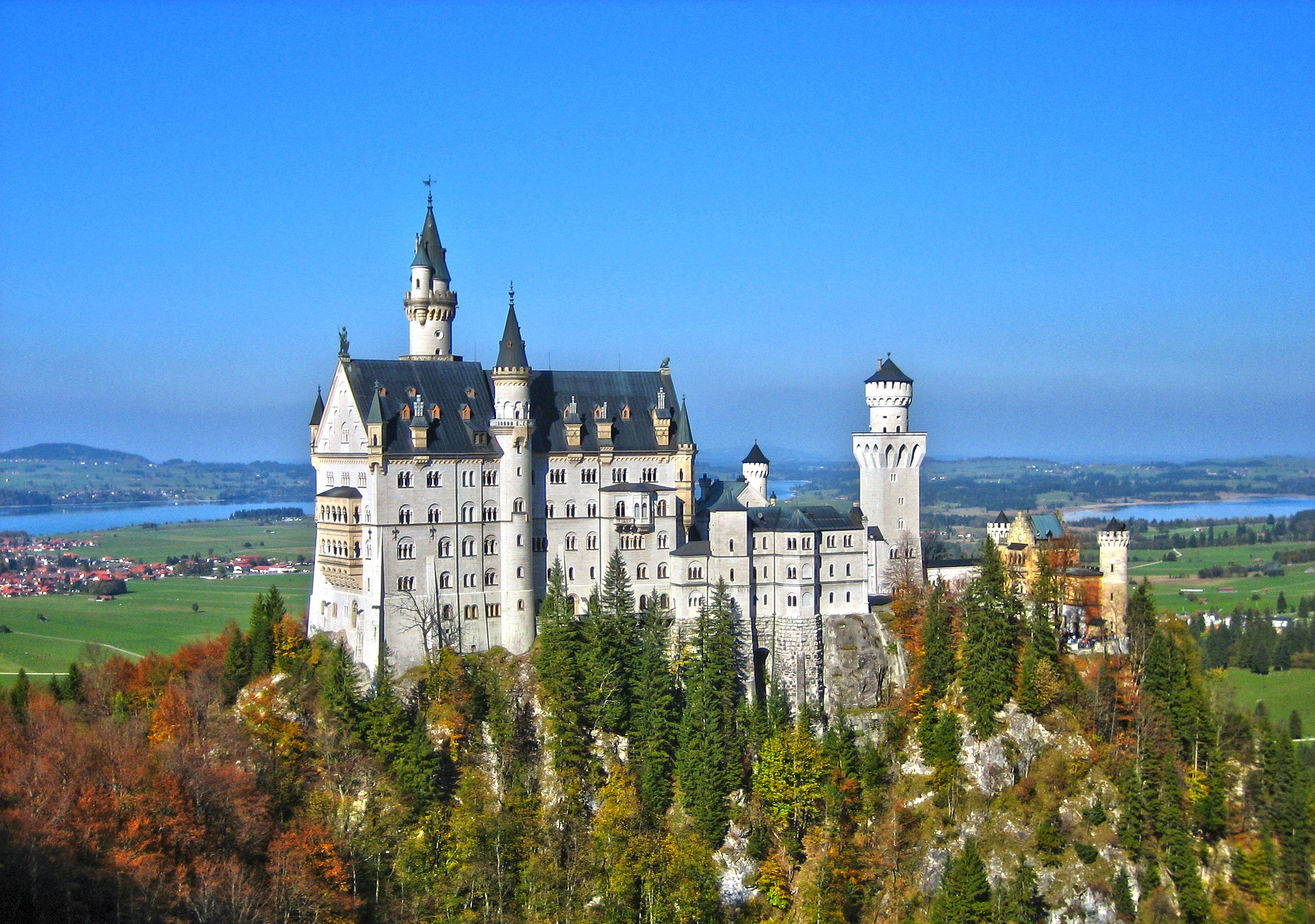 Neuchwanstein Castle, Germany